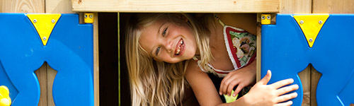 12 Reasons To Get Your Kids a Climbing Frame